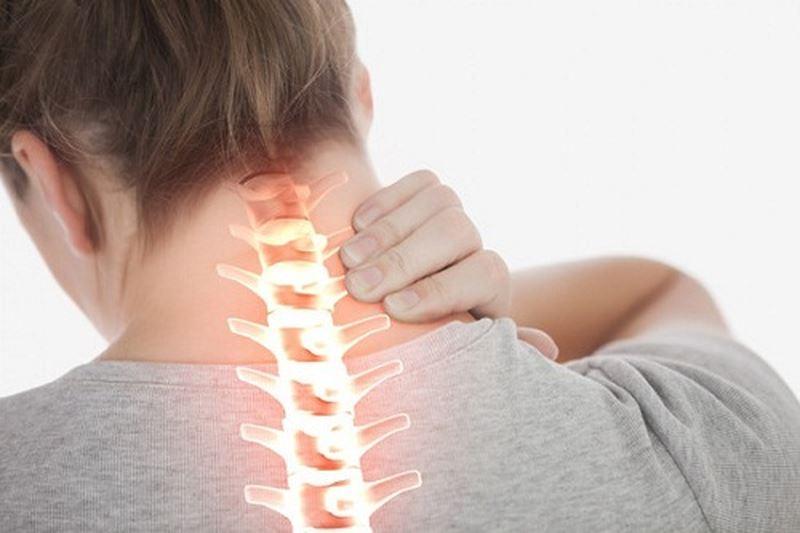 Bệnh đau bả vai và cánh tay do bệnh lý đốt sống cổ