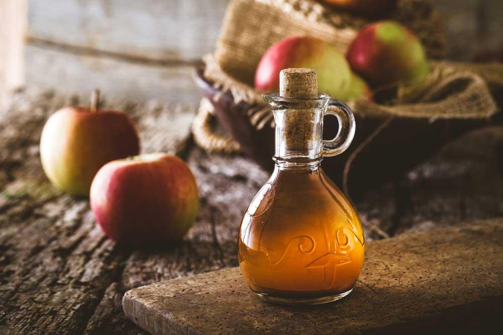 Sử dụng giấm táo hạn chế các cơn đau do viêm xương khớp ở tay